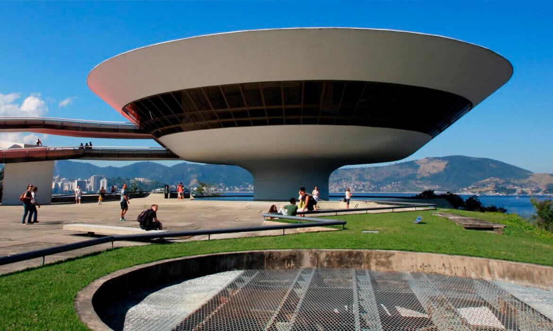 Foto do Museu de Arte Contemporânea de Niterói – MAC