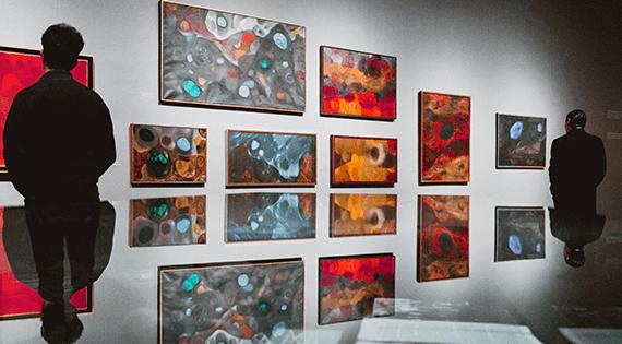 Expressões artísticas através das artes plásticas